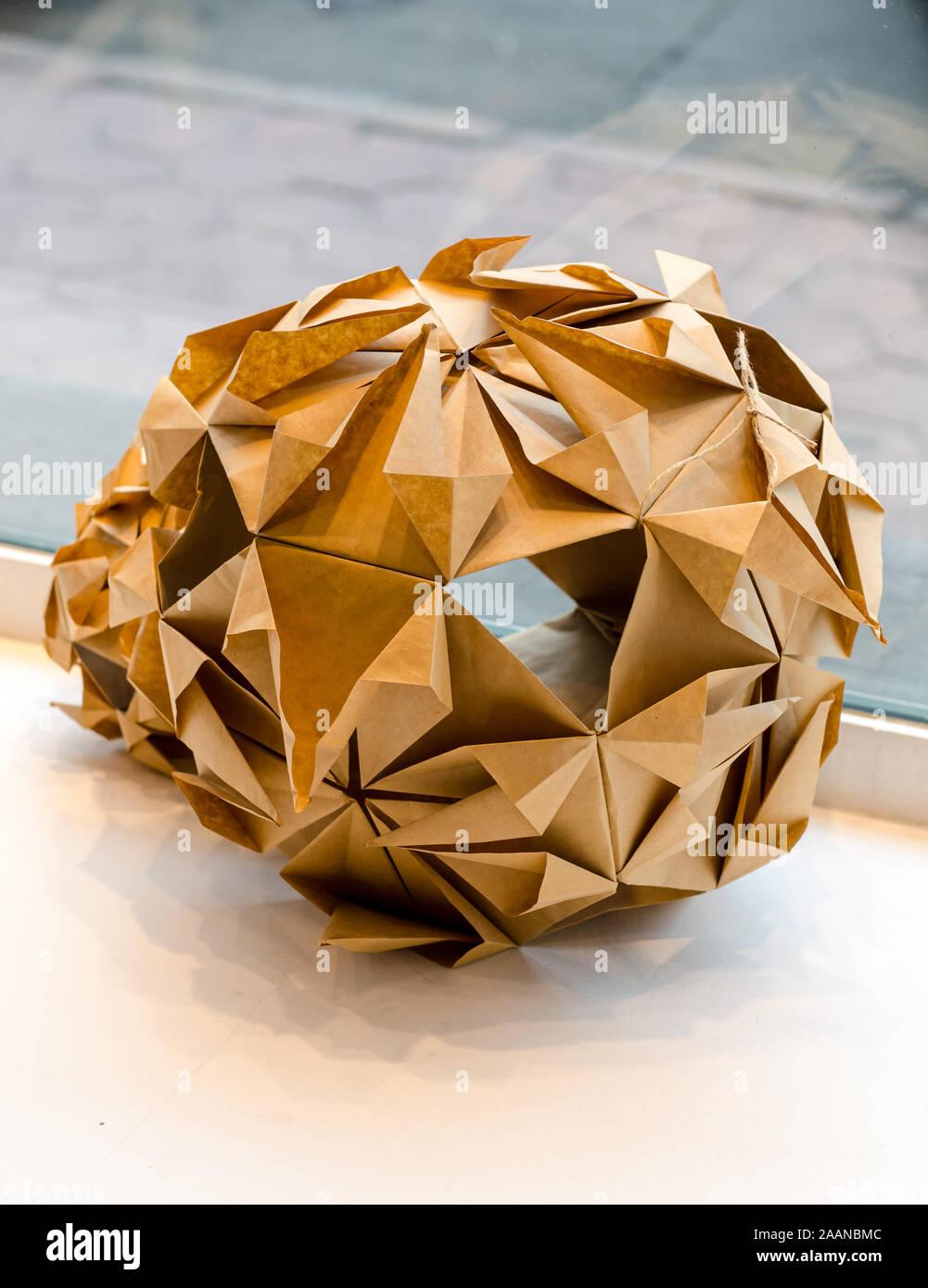 Modular Origami, Sonobe Ball, On White Background Stock Photo ... | 1390x1001