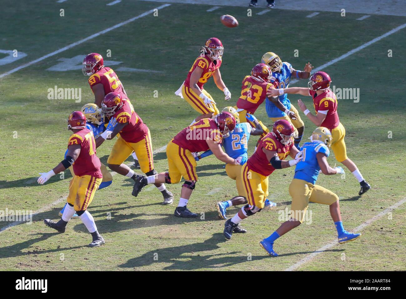 Usc Trojans Quarterback Kedon Slovis 9 Thows A Pass During