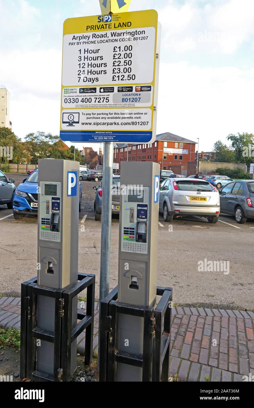 SipCarparks Arpley Road pay station Warrington, Cheshire, England, WA1 1WT Stock Photo