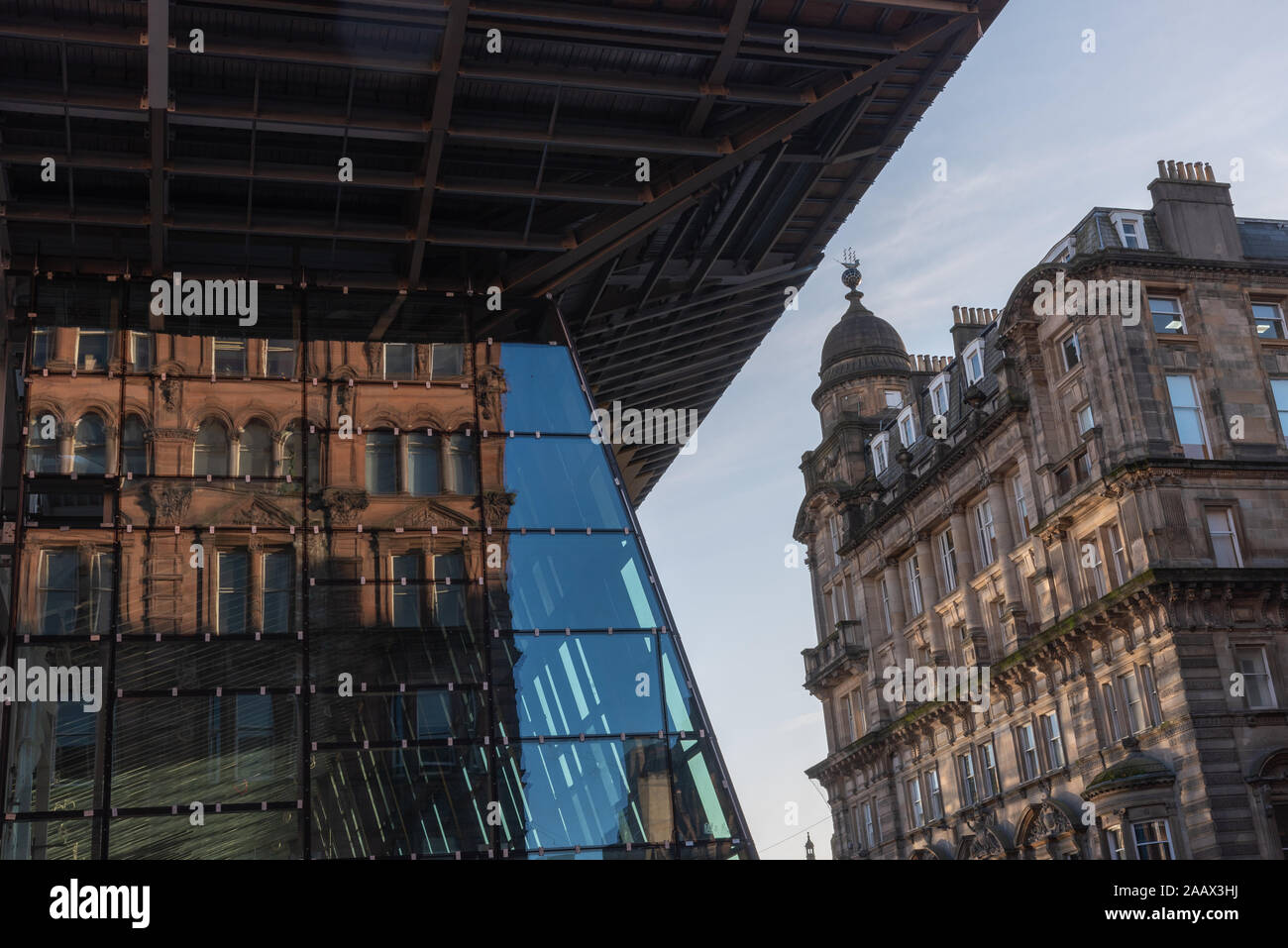 Facade of Queen Street station in Glasgow Stock Photo