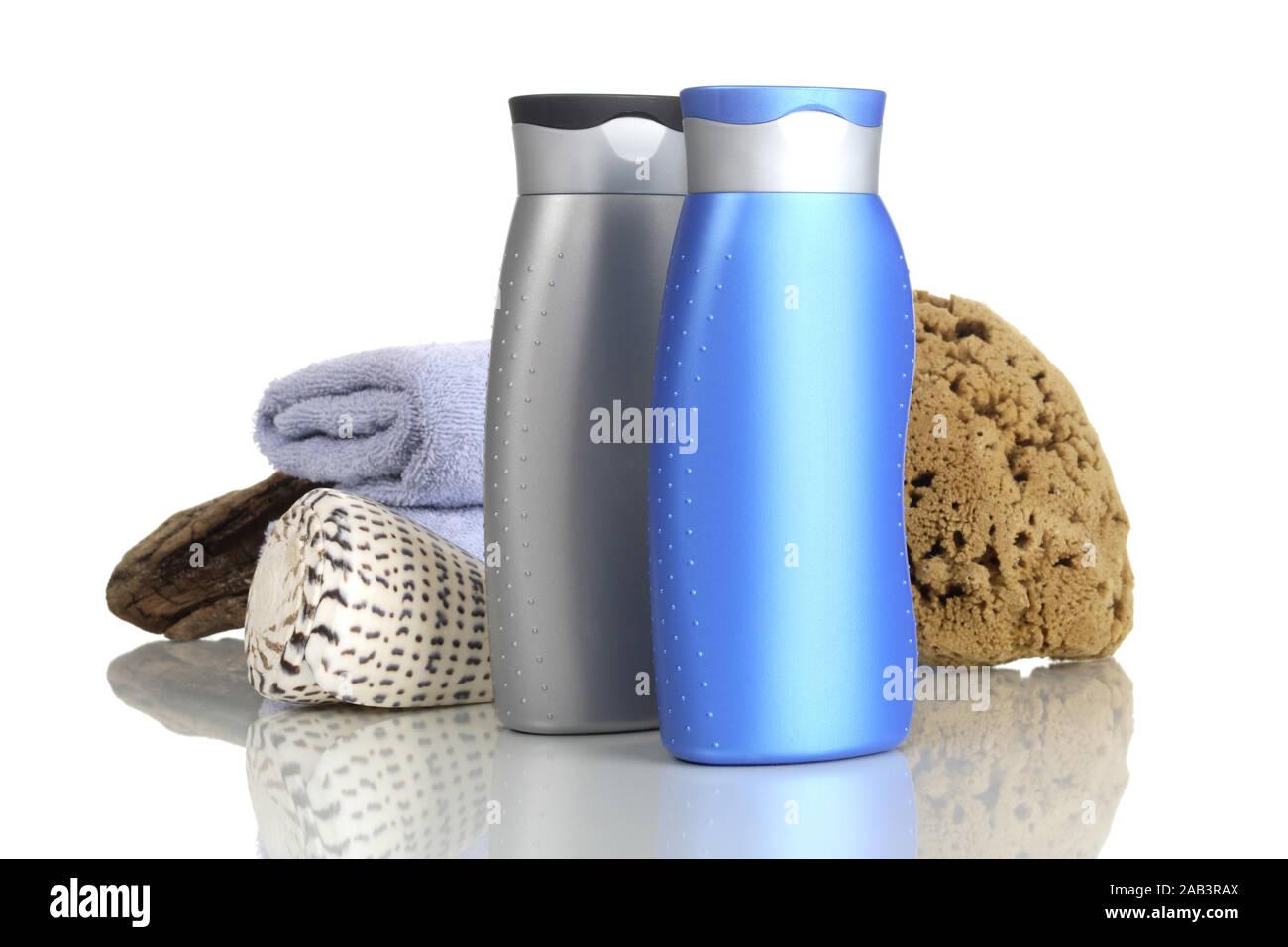 Duschgel mit Schwamm und Handtuch Stock Photo