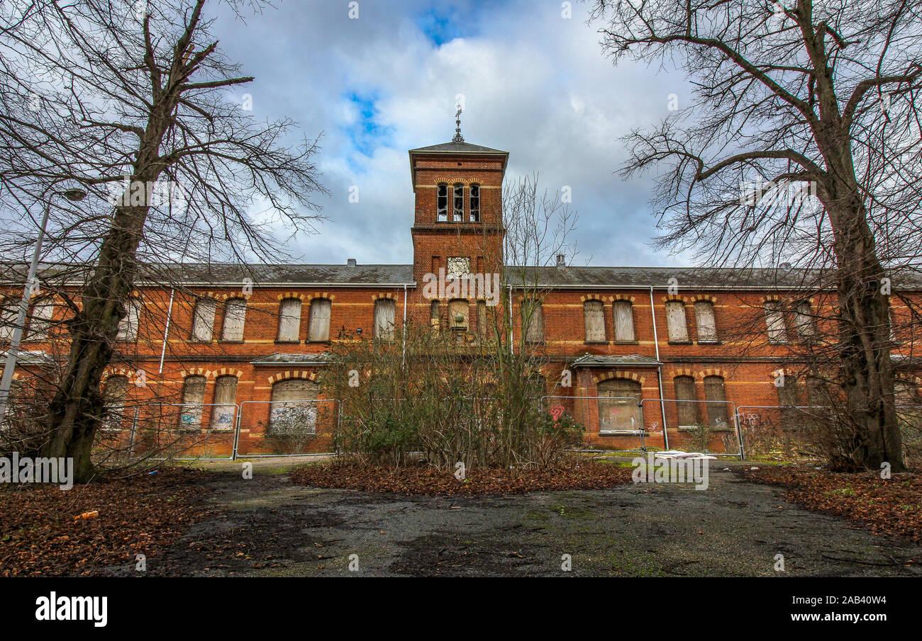 Exterior Shot Of The Abandoned Asylum St Andrews Hospital Norwich Uk Stock Photo Alamy