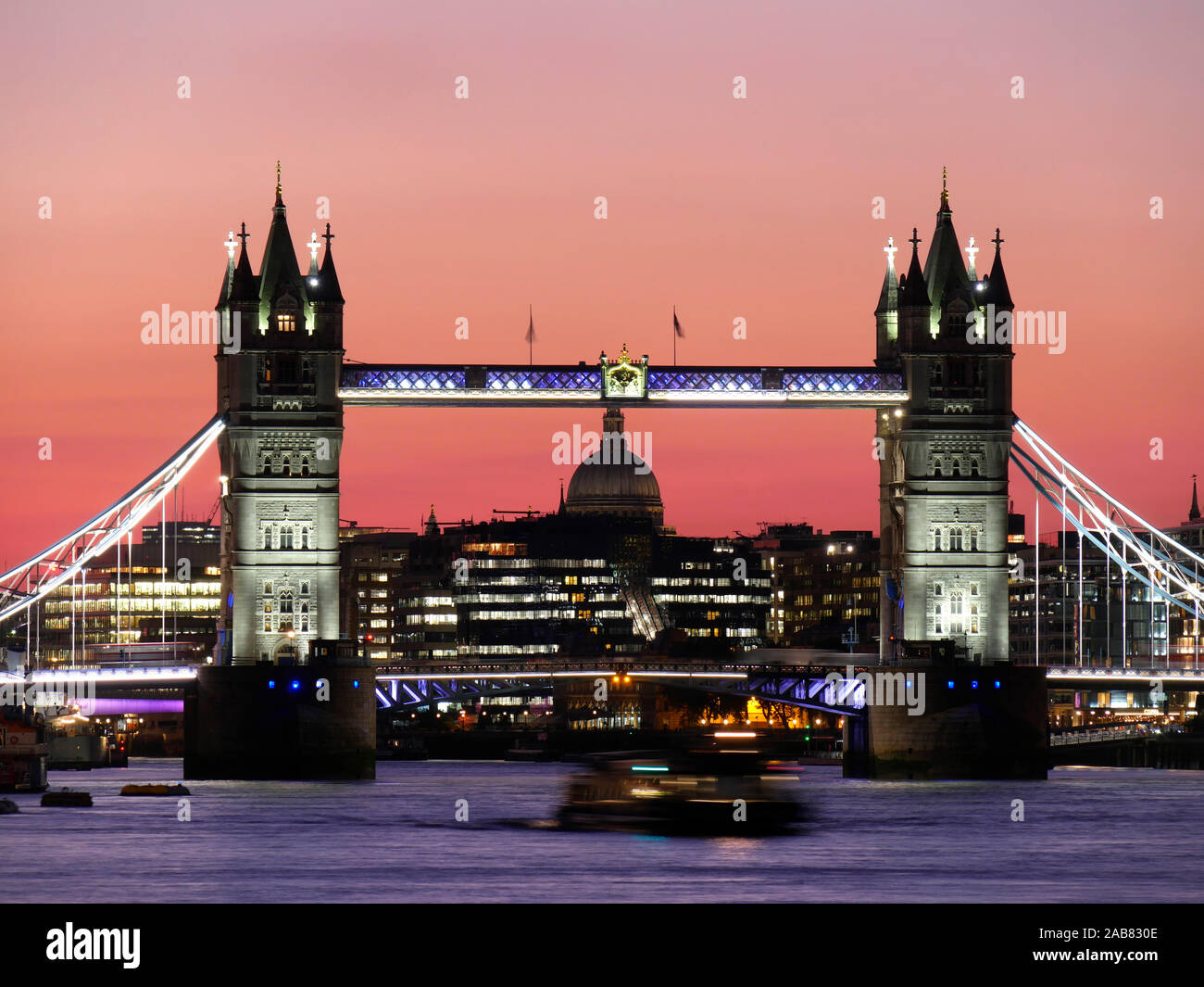 Panoramic view of Tower Bridge framing St. Paul's Cathedral, London, England, United Kingdom, Europe Stock Photo