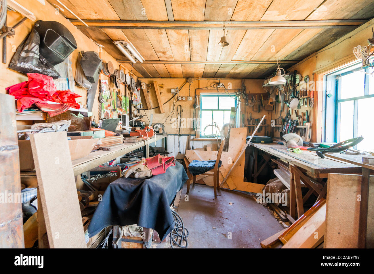Russia Moscow July 08 2019 Interior Room Apartment Diy In Garage Workshop Old Machinery Repair And Production Equipment Stock Photo Alamy