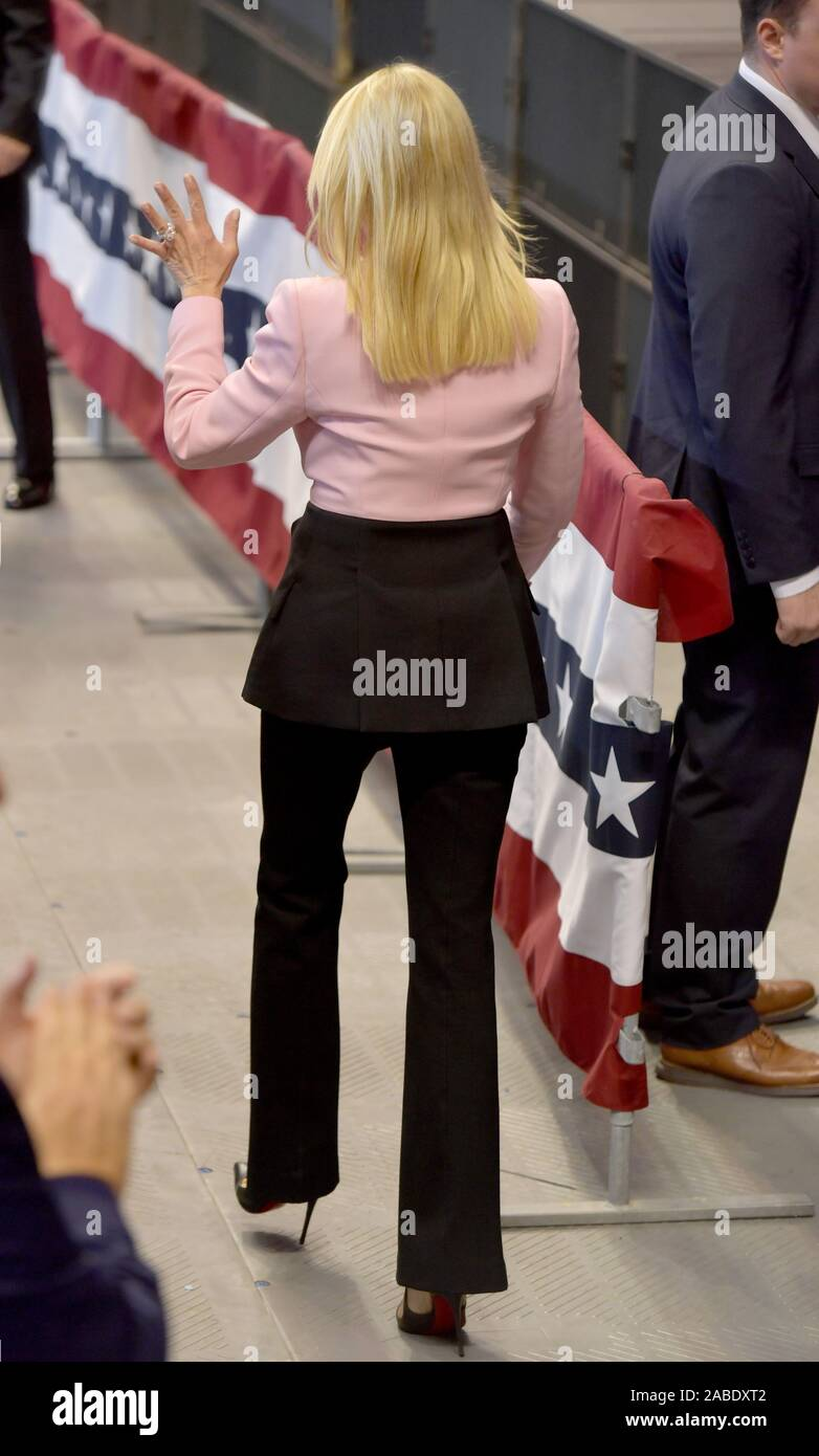 Sunrise, United States Of America. 26th Nov, 2019. SUNRISE, FLORIDA - NOVEMBER 26: (EXCLUSIVE VIP AND BACK STAGE COVERAGE) Former Florida Attorney General Pam Bondi attends a homecoming campaign rally for U.S. President Donald Trump at the BB&T Center on November 26, 2019 in Sunrise, Florida. People: Former Florida Attorney General Pam Bondi Credit: Storms Media Group/Alamy Live News Stock Photo