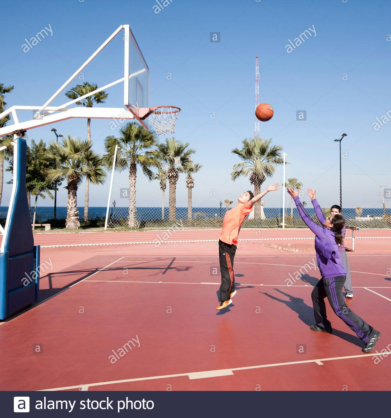 Student playing basketball at AUB (American University of Beirut) campus,  Beirut, Lebanon Stock Photo - Alamy