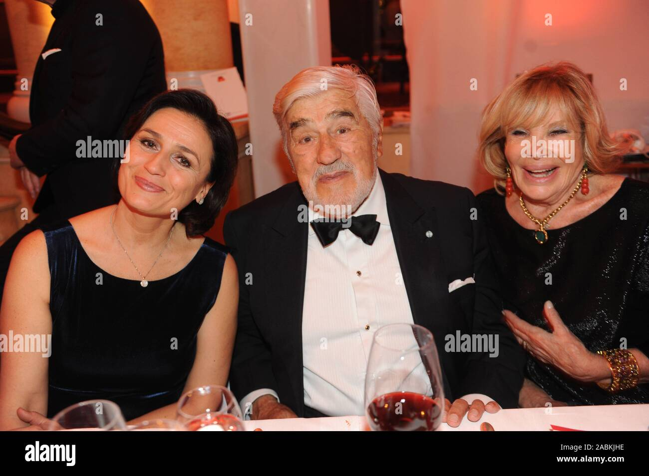 From left to right: Sandra Maischberger and Mario Adorf with Eherau Monique at the 46th German Film Ball at the Hotel Bayerischer Hof in Munich. [automated translation] Stock Photo