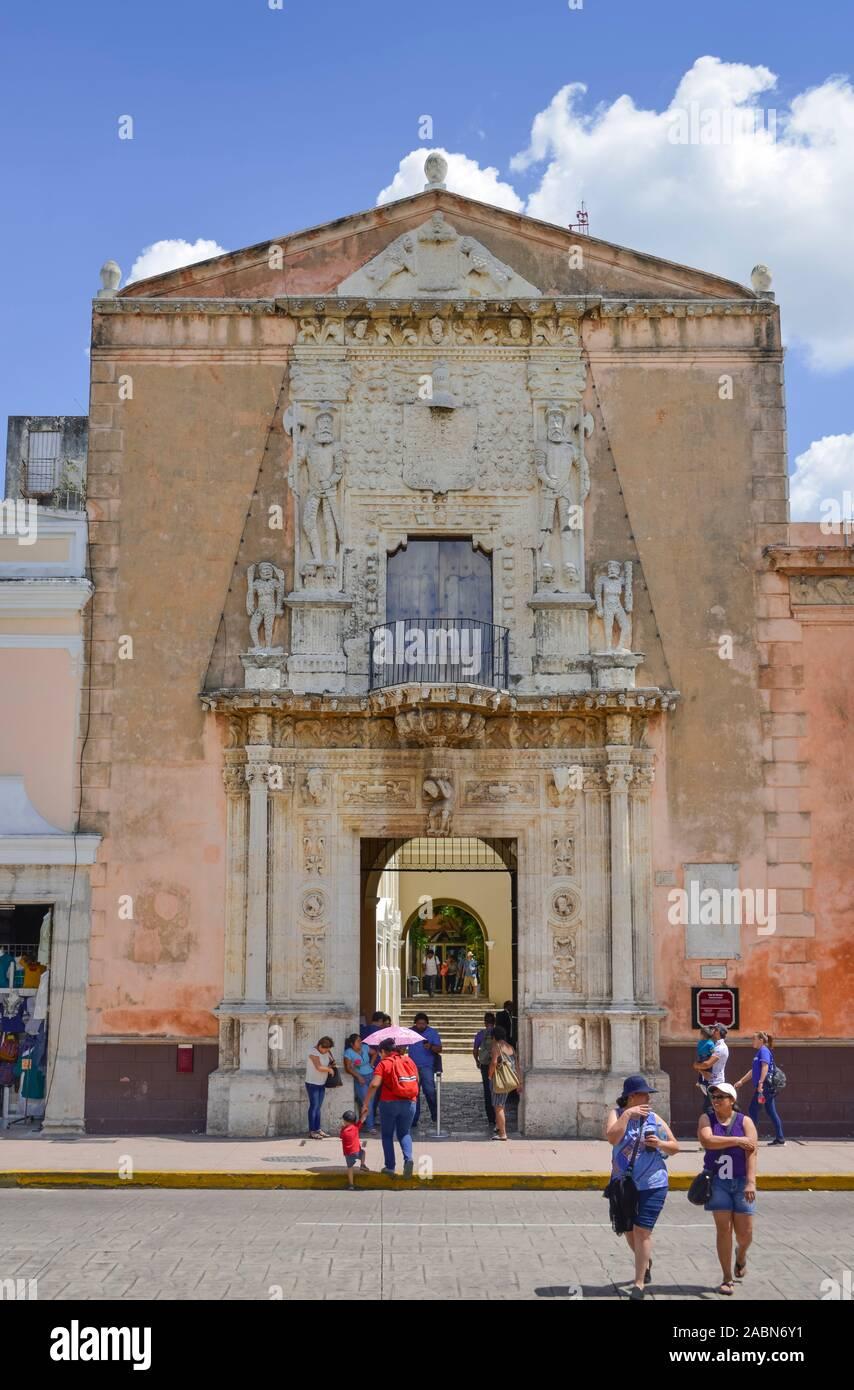Casa de Montejo, Plaza de la Independencia, Merida, Yucatan, Mexiko Stock Photo