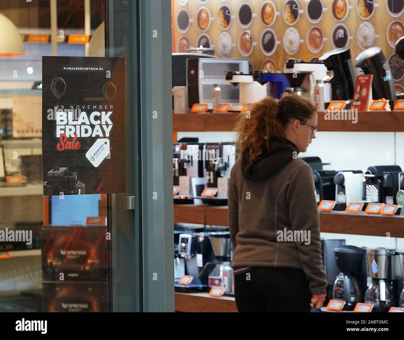 Black Friday Deals High Resolution Stock Photography And Images Alamy
