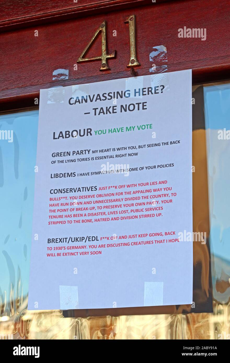 Canvassers Please Take Note - Note to General Election Candidates,printed note on front door,urban housing,Labour,Green,Conservative,Brexit Party,LD Stock Photo