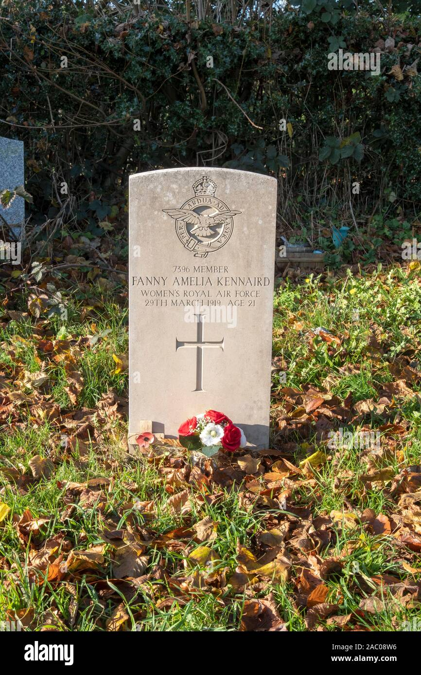 Commonwealth grave of Fanny Amelia Kennaird, died 1919, Women's Royal Air force. Stock Photo