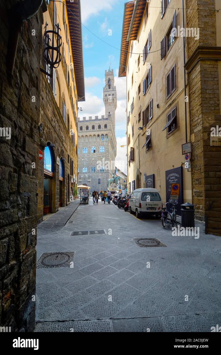 Portrait view of the Palazzo Vecchio in the Piazza Signoria in the Tuscan city of Florence, Italy. Stock Photo