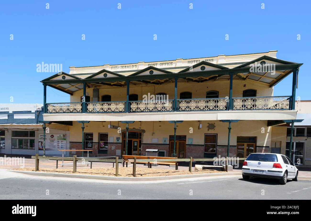 Heritage-listed Fitzgerald's Post Office Hotel building, built in 1888, Bourke, New South Wales, NSW, Australia Stock Photo