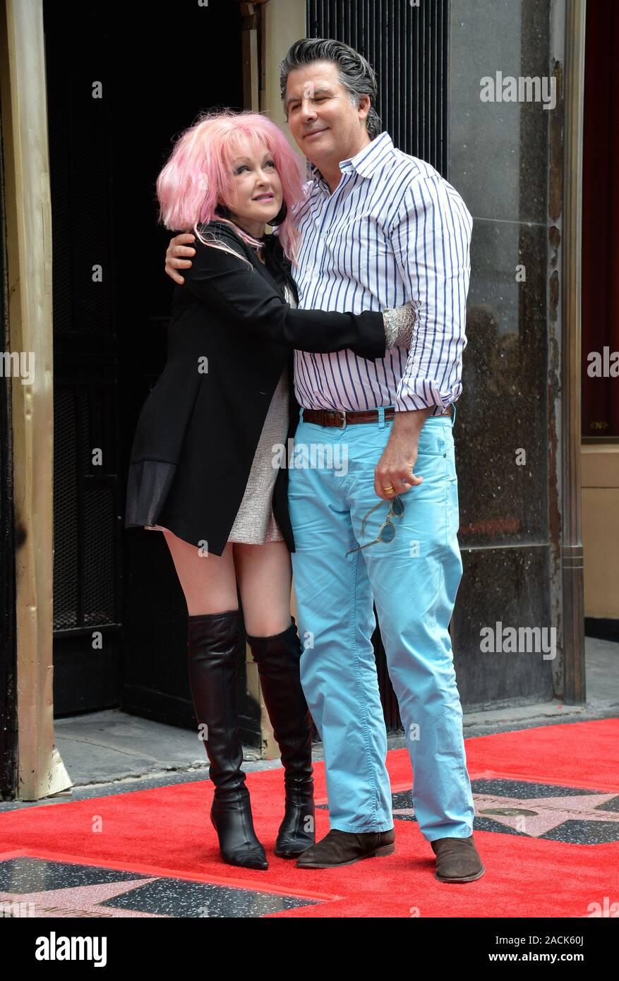 Cyndi Lauper Husband High Resolution Stock Photography and Images - Alamy