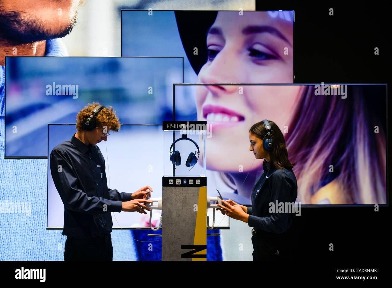 Kopfhörer RP HTX90N von Panasonic, Internationale Funkaustellung, Berlin 2019, Deutschland Stock Photo