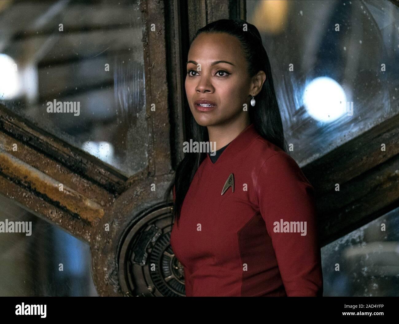 Zoe Saldana Star Trek Beyond 2016 Stock Photo 335096938