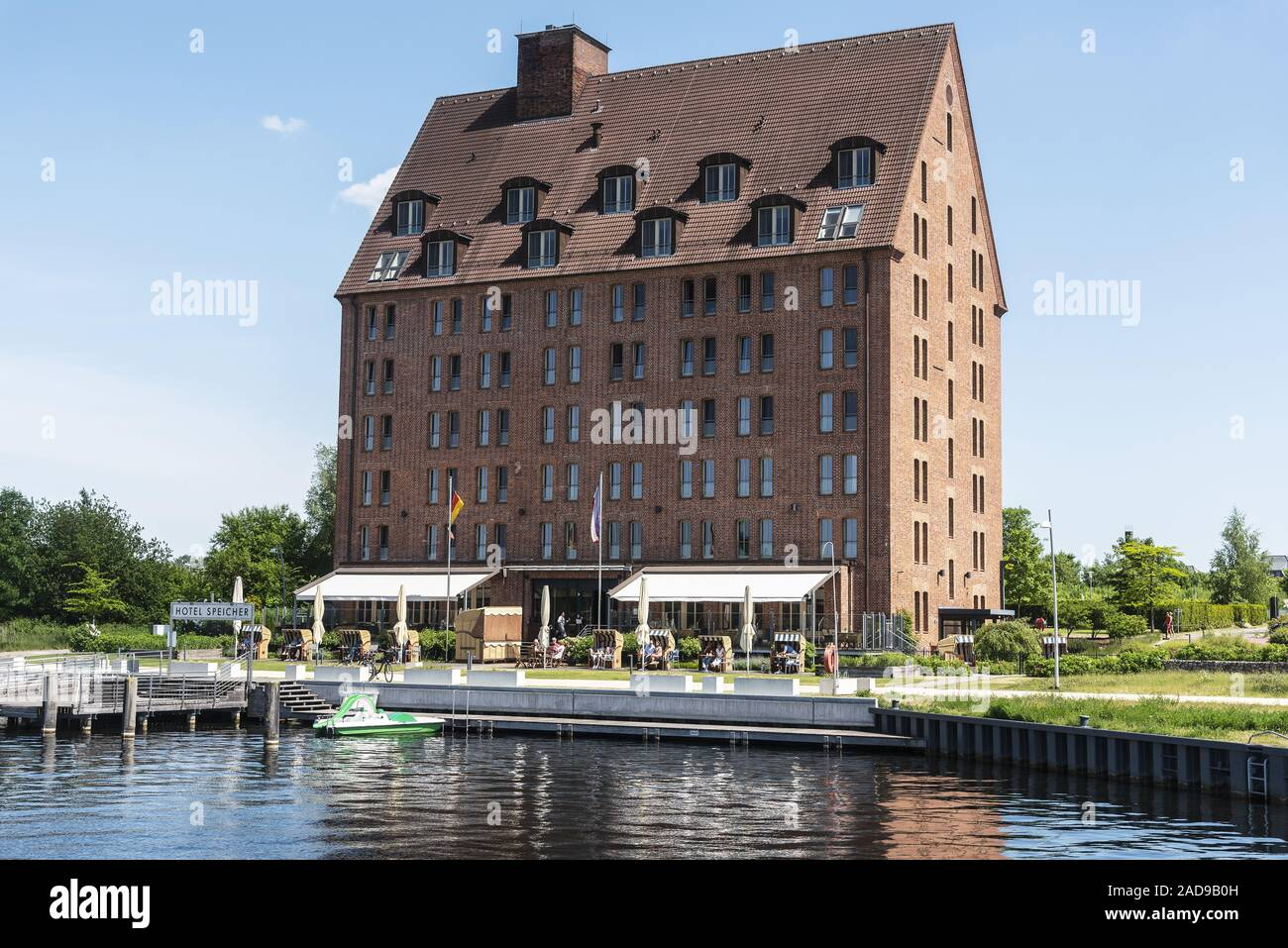 Hotel Speicher storage, Ziegelsee lake, Schwerin, Mecklenburg-Western Pomerania, Germany, Europe Stock Photo
