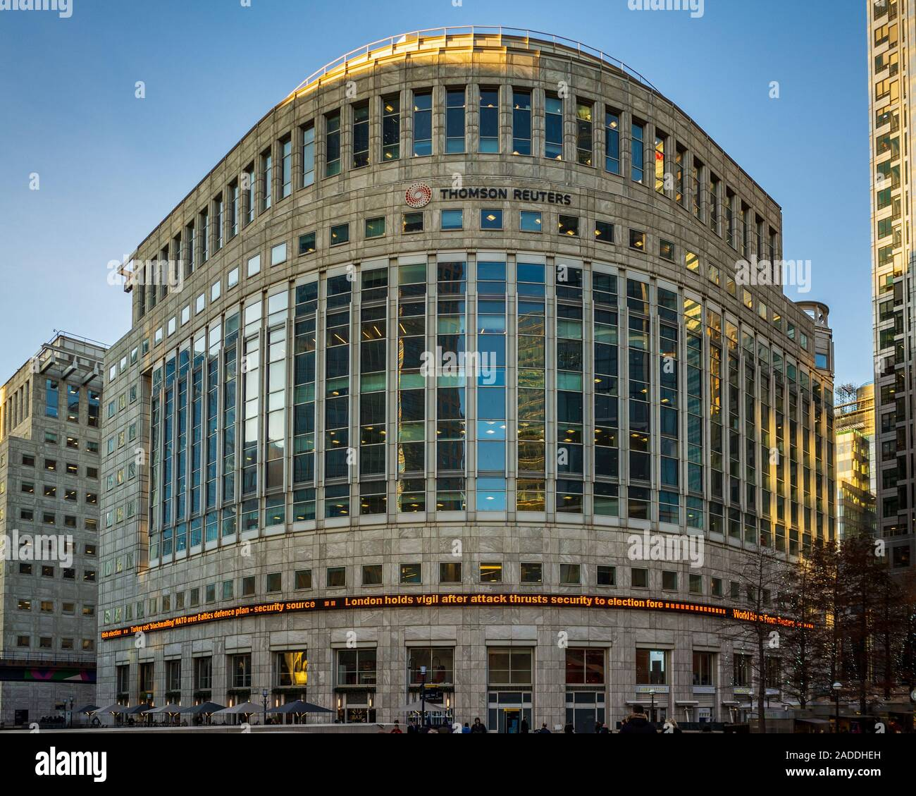 Thomson Reuters London Offices Building at Reuters Plaza Canary Wharf London Stock Photo