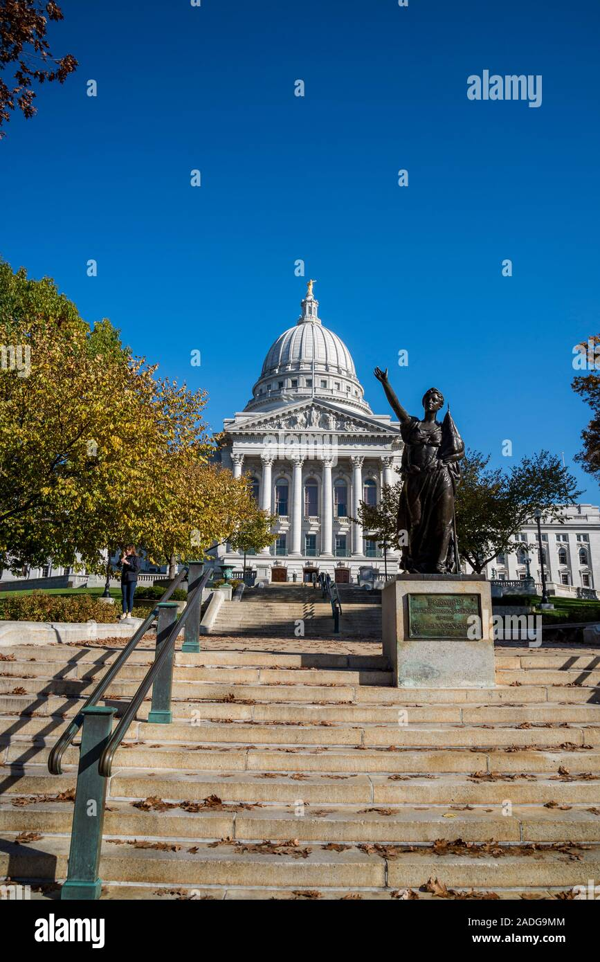 Wisconsin State Capitol, a Beaux-Arts building completed in 2017, Madison, Wisconsin, USA Stock Photo