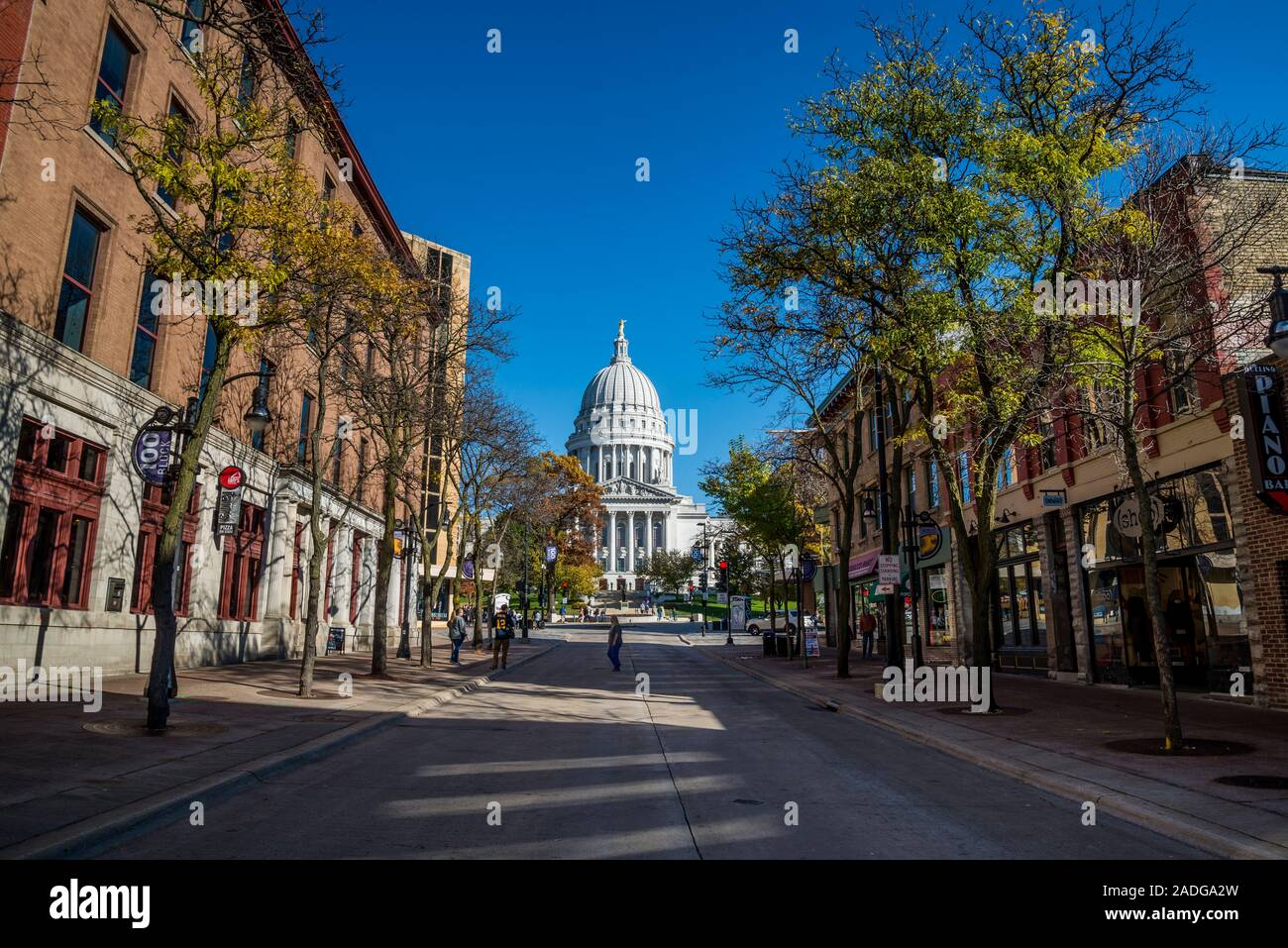 View of Wisconsin State Capitol from State Street in downtown, Madison, Wisconsin, USA Stock Photo