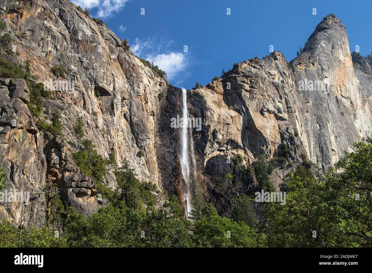 Bridalveil Fall and Leaning Tower, Yosemite National Park, California, USA. Stock Photo