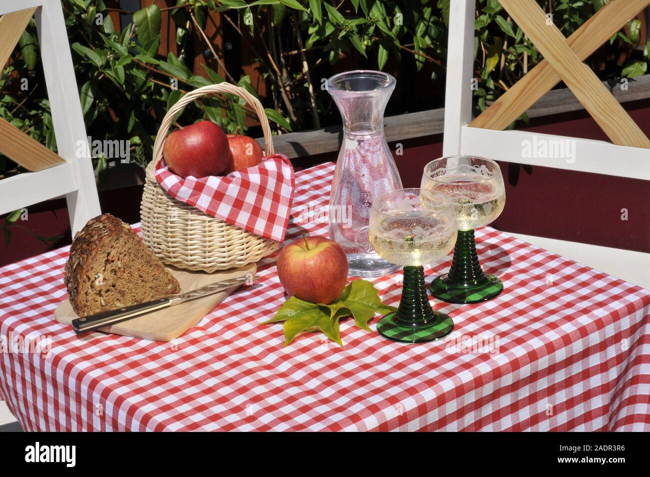 Wien, beim Heurigen, Stillife Stock Photo