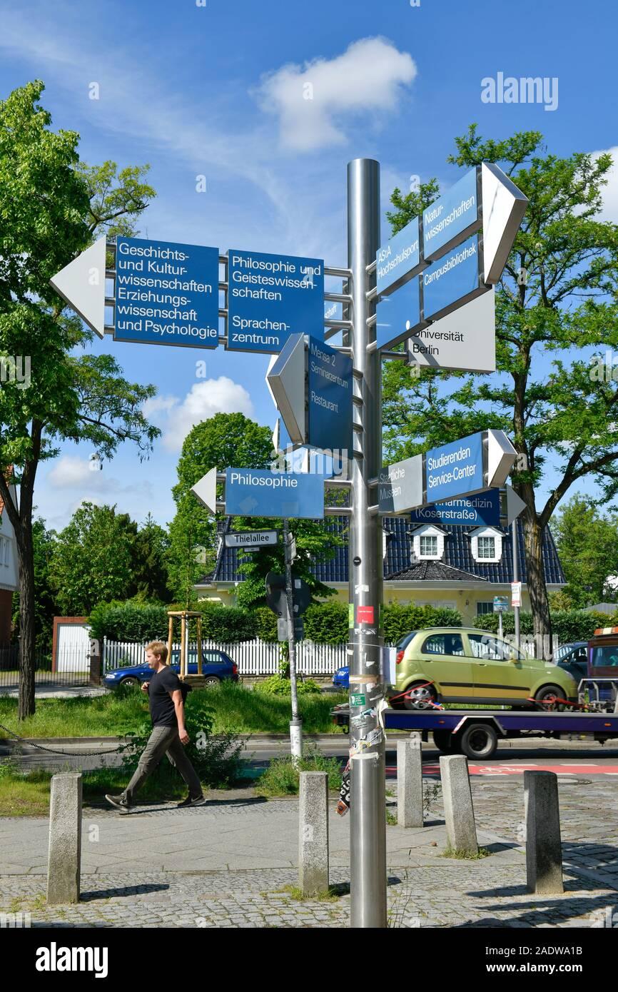 Wegweiser, Freie Universität, Dahlem, Steglitz-Zehlendorf, Berlin, Deutschland Stock Photo