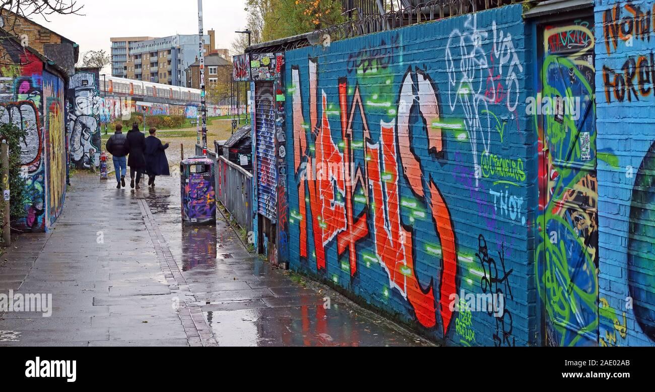 Brick Lane,art and graffiti,Shoreditch,Tower Hamlets,East End,London,South East,England,UK, E1 6QL Stock Photo