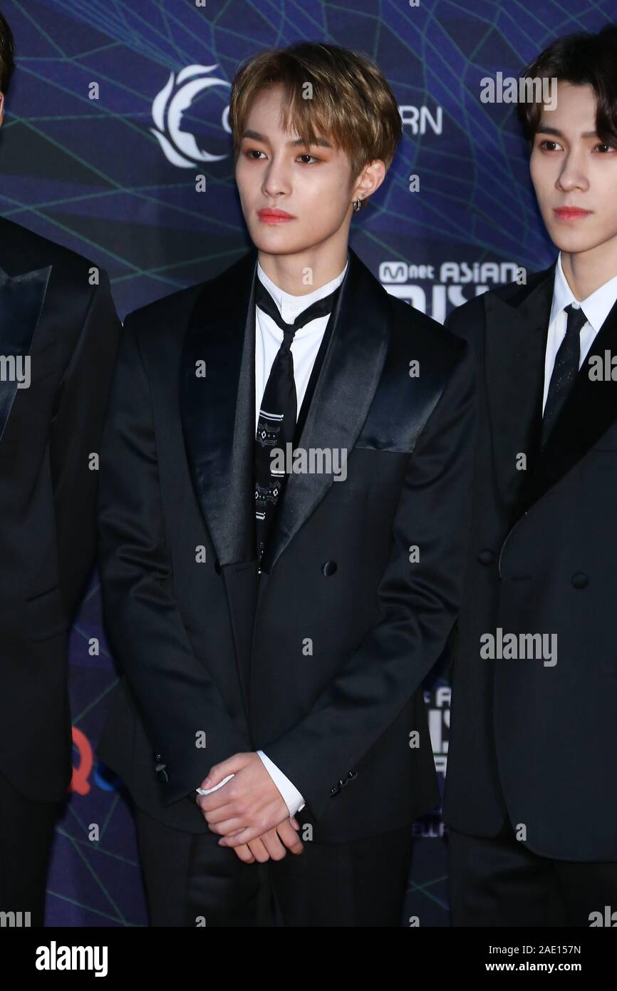 Yang Yang V Wayv Dec 04 2019 Yangyang Wayv 2019 Mnet Asian Music Awards Mama In Nagoya Japan On December 4 2019 Credit Pasya Aflo Alamy Live News Stock Photo Alamy