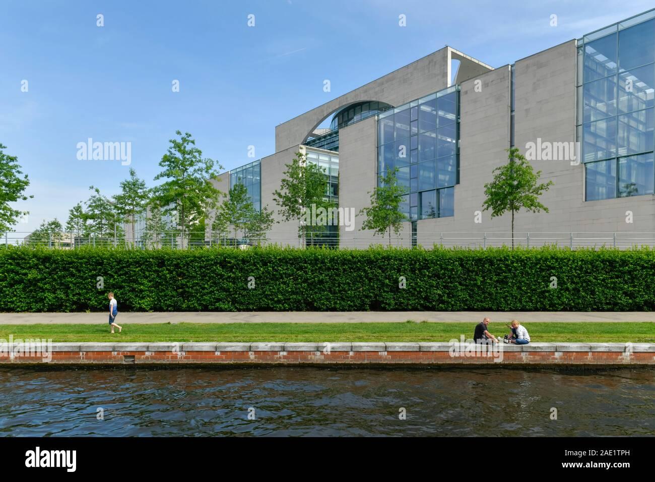 Bundeskanzleramt, Spree, Tiergarten, Mitte, Berlin, Deutschland Stock Photo