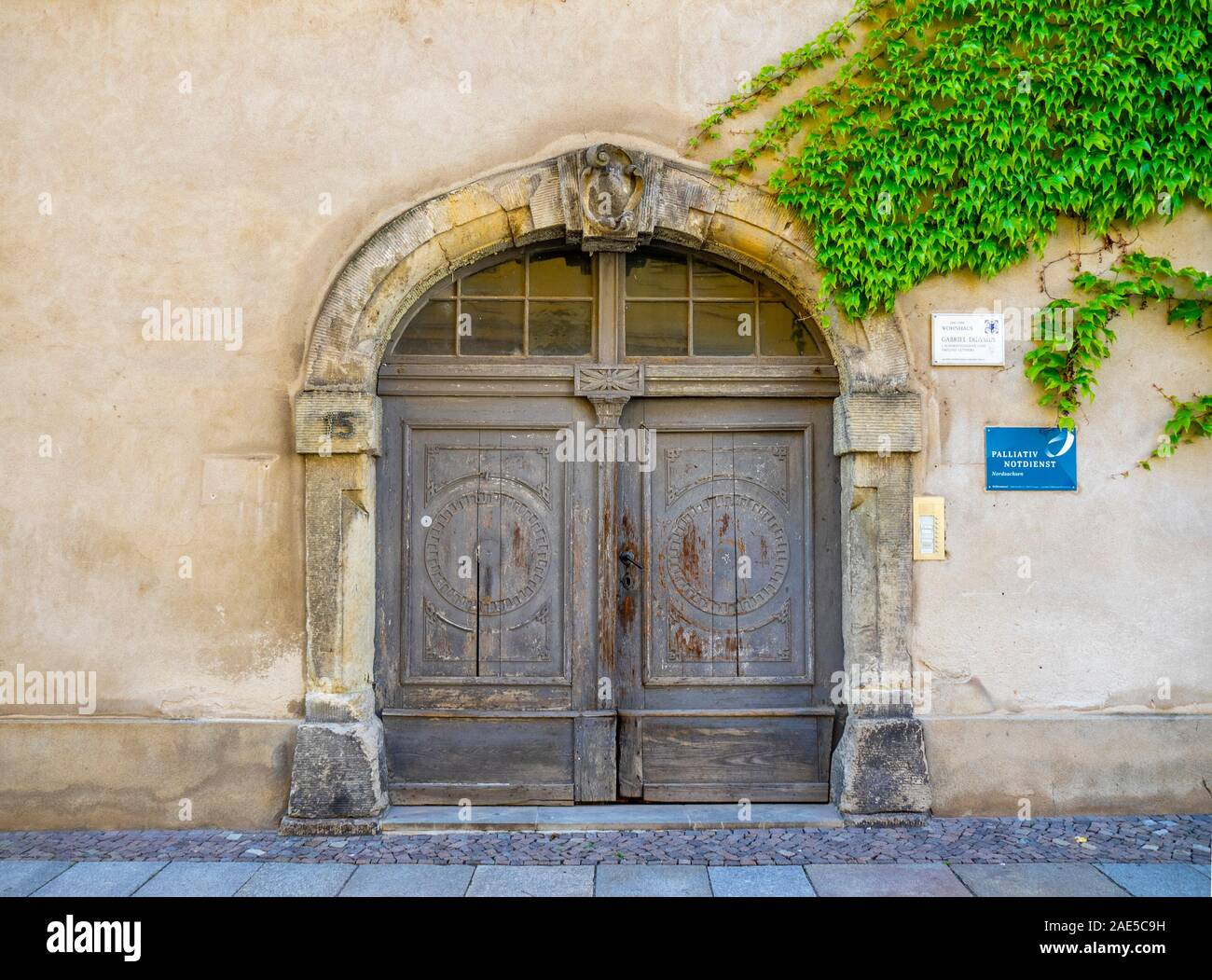 Page 2 Architrave High Resolution Stock Photography And Images Alamy