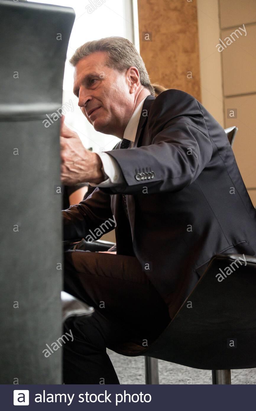 Günther Oettinger, ehemaliger deutscher EU Kommissar für Haushalt und Personal Stock Photo