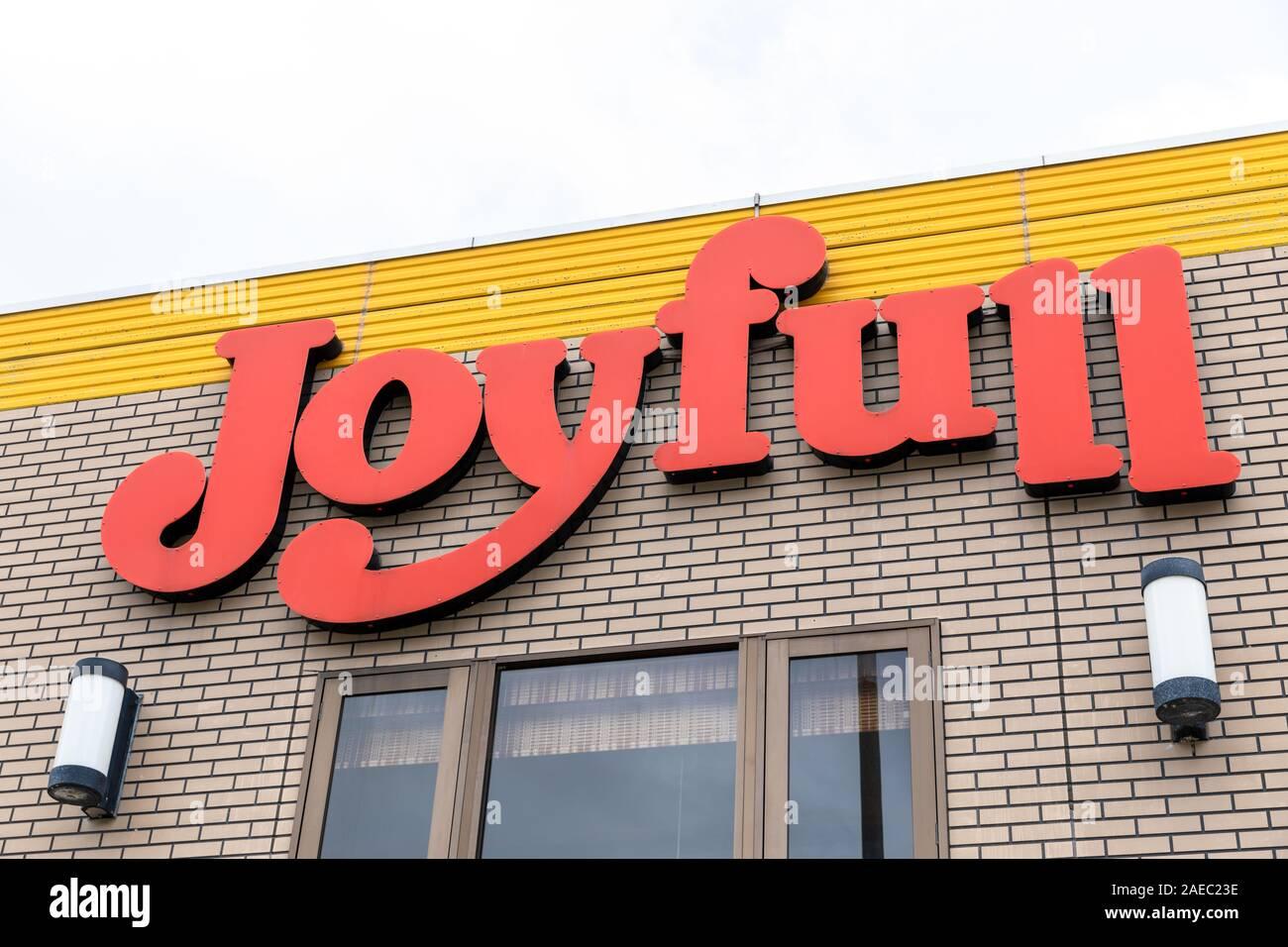 Joyfull (Japanese restaurant chain), sign on building Stock Photo