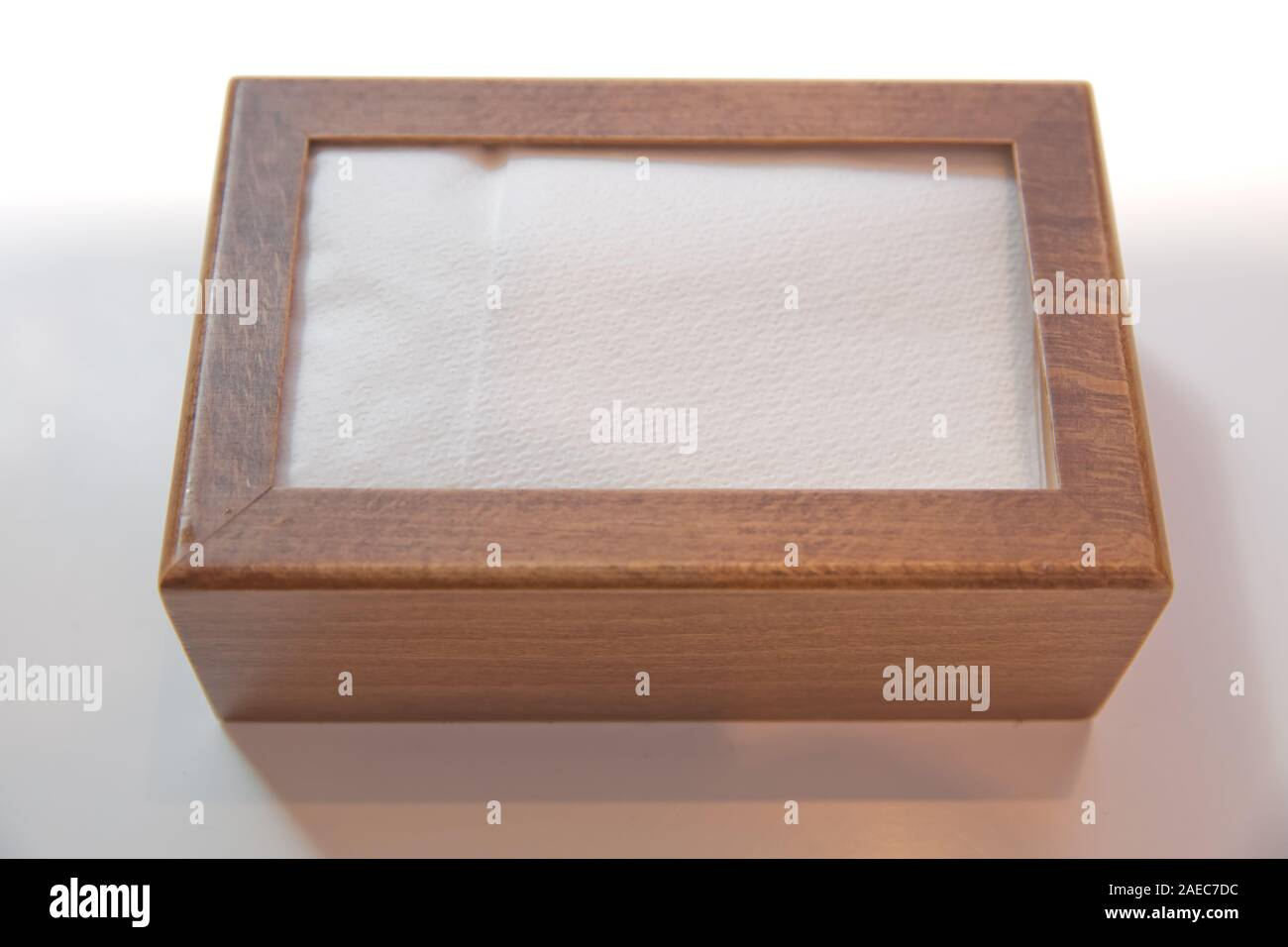 Wooden Napkin Holder With Paper Serviettes Wooden Brown Empty Napkin Box Wooden Stand With Salt Shaker Napkins On A Wooden Table In A Cafe Stock Photo Alamy