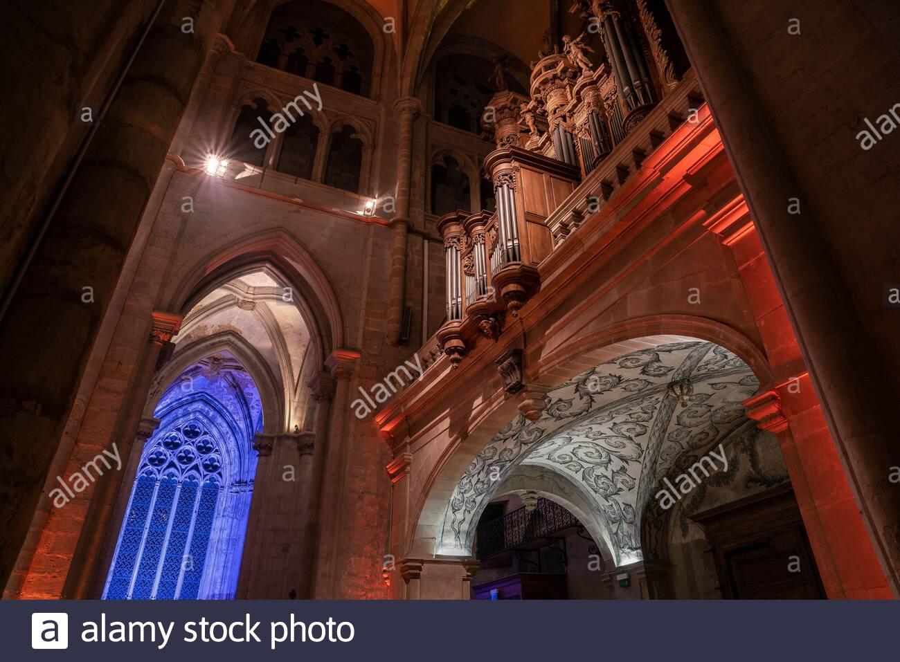 Saint-Antoine-l'Abbaye : interior of the Abbey church Stock Photo