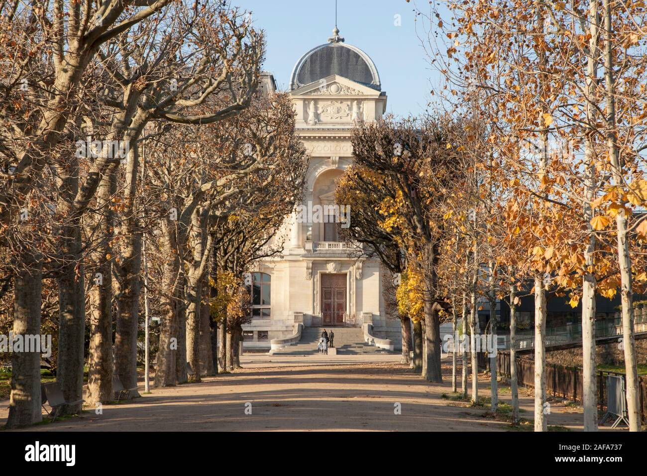 The facde of the 19th Century building housing the Grand Gallery of Evolution in Jardin des Plantes, Paris Stock Photo