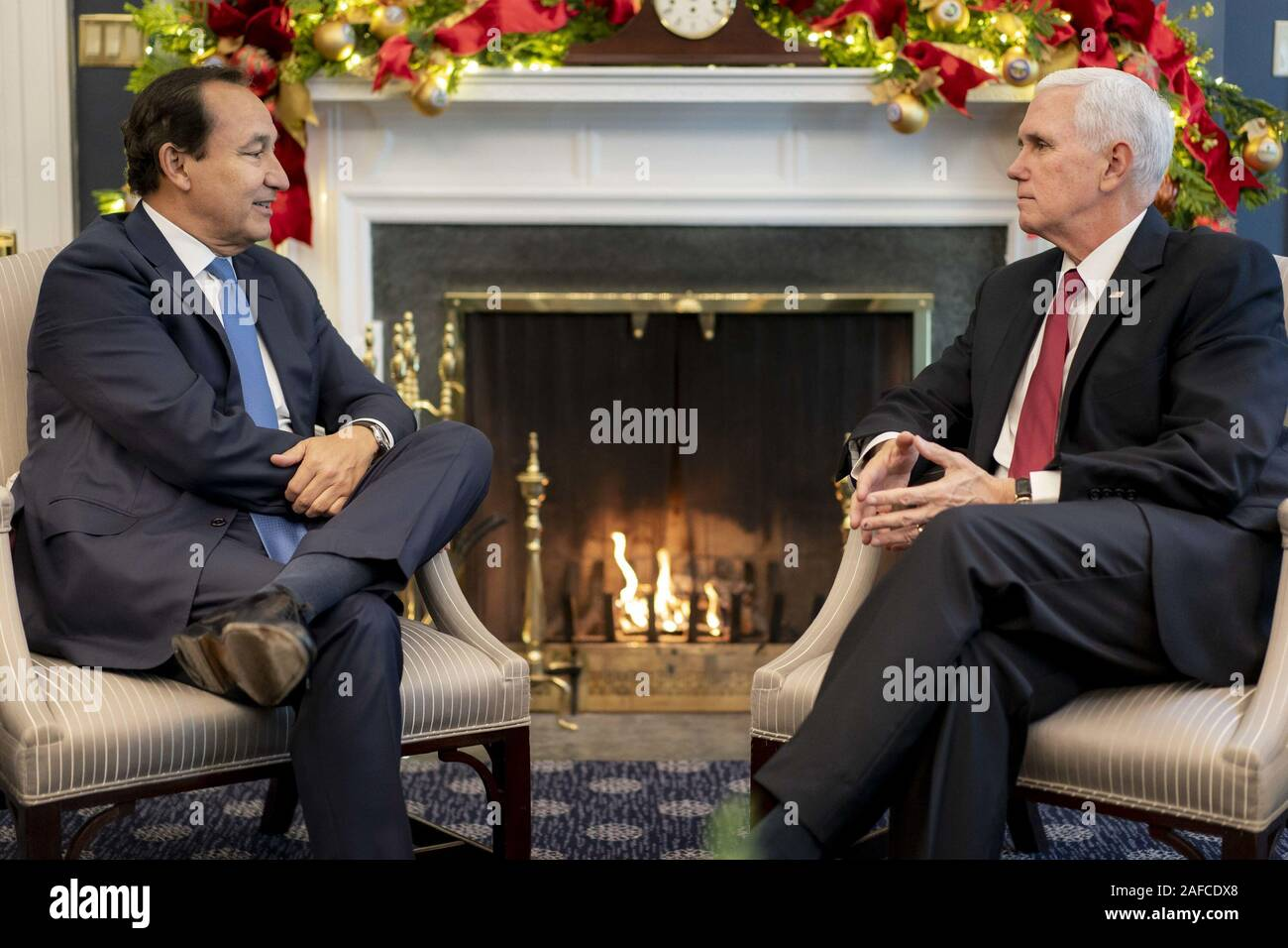 Washington, United States Of America. 12th Dec, 2019. Vice President Mike Pence meets with United Airlines CEO Oscar Munoz Thursday, Dec. 12, 2019, in his West Wing Office of the White House. People: Vice President Mike Pence Credit: Storms Media Group/Alamy Live News Stock Photo