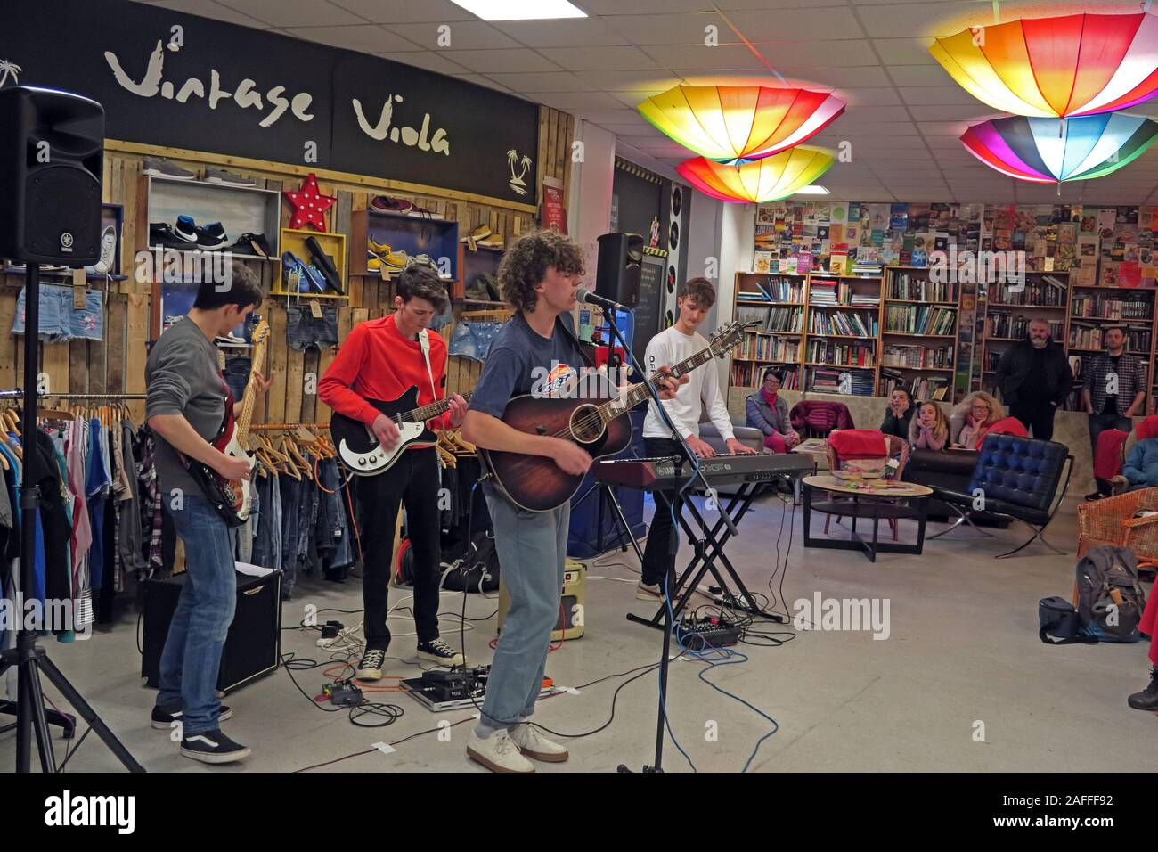 Vintage Viola shop, part of the Changing Lives in Warrington store, based in The Cockhedge Shopping Centre,Hollow Lane playing live Stock Photo