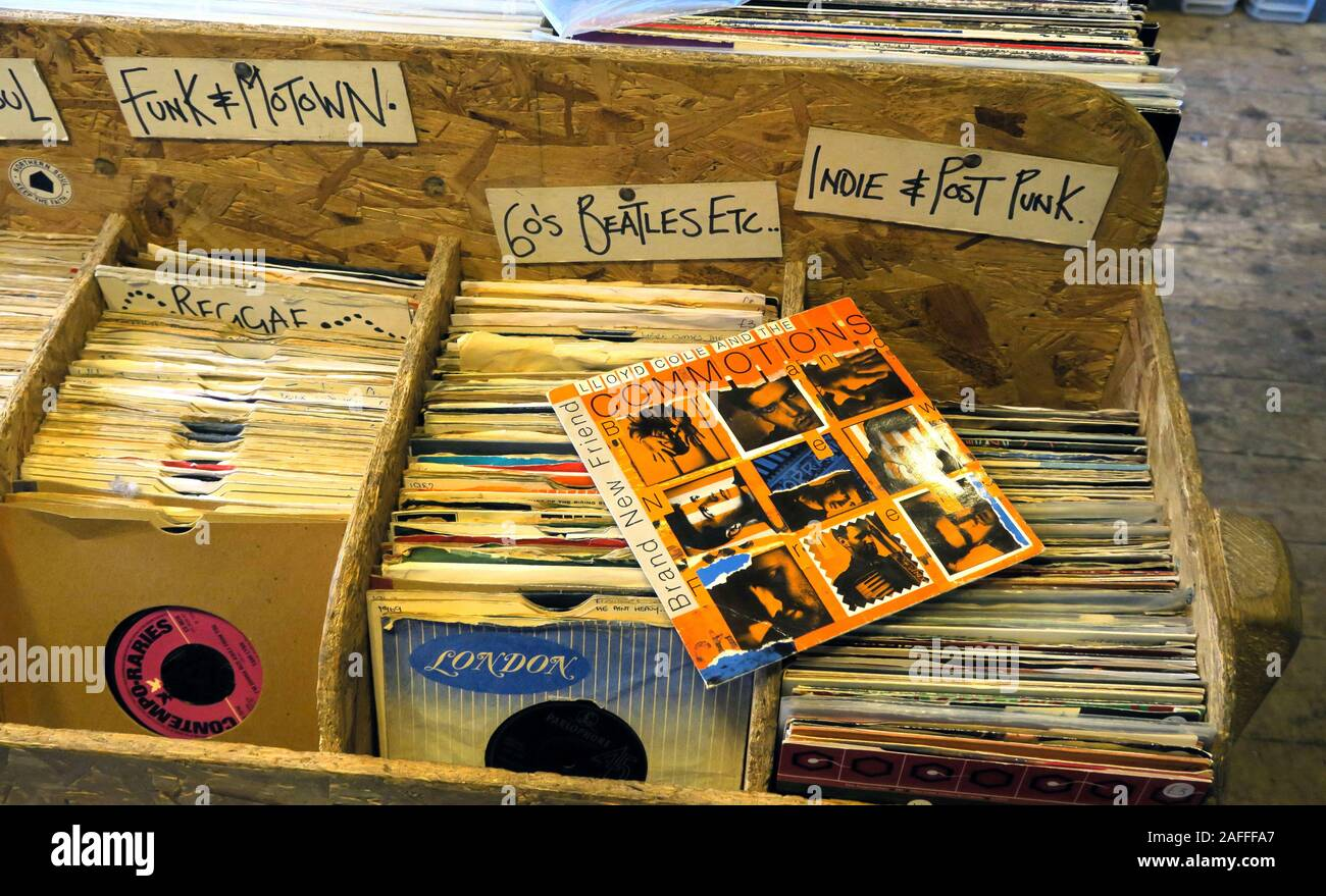 Box of vinyl, 7inch singles, in cardboard sleeves,London Records,Funk,Motown,Indie,Reggae,Post Punk,records,music Stock Photo