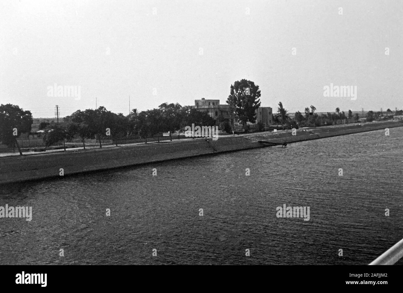 Signalstation im Suez Kanal, 1955. Signalling station at Suez Canal, 1955. Stock Photo