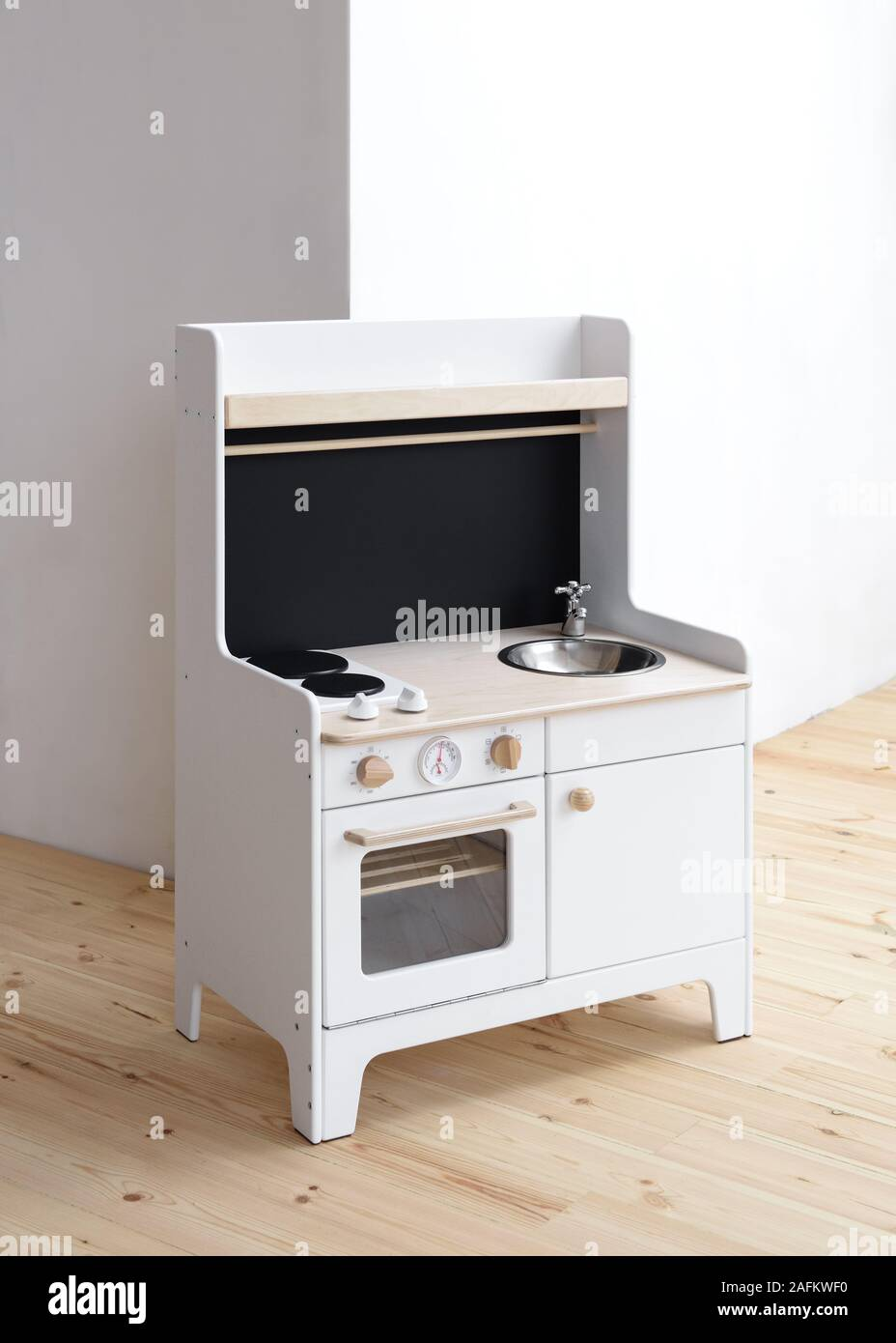 Toy Furniture For Kids White Wooden Play Kitchen With Stove Sink