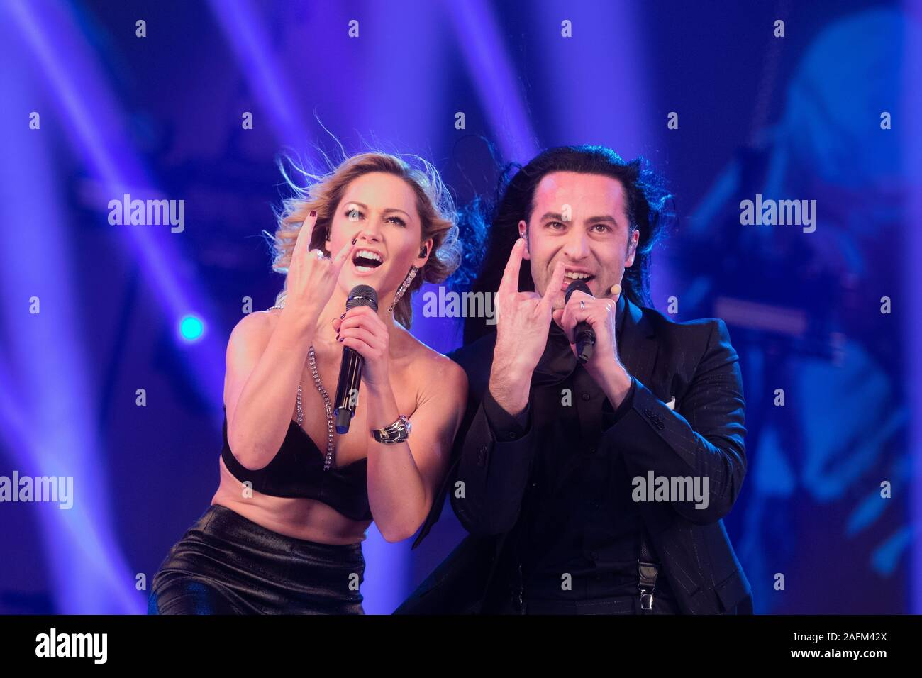 Duesseldorf Germany 15th Dec 2019 Helene Fischer And Bulent Ceylan Perform During The Recording Of The Helene Fischer Show In Hall 6 On 25 12 2019 At 20 15 The Helene Fischer Show Will Be