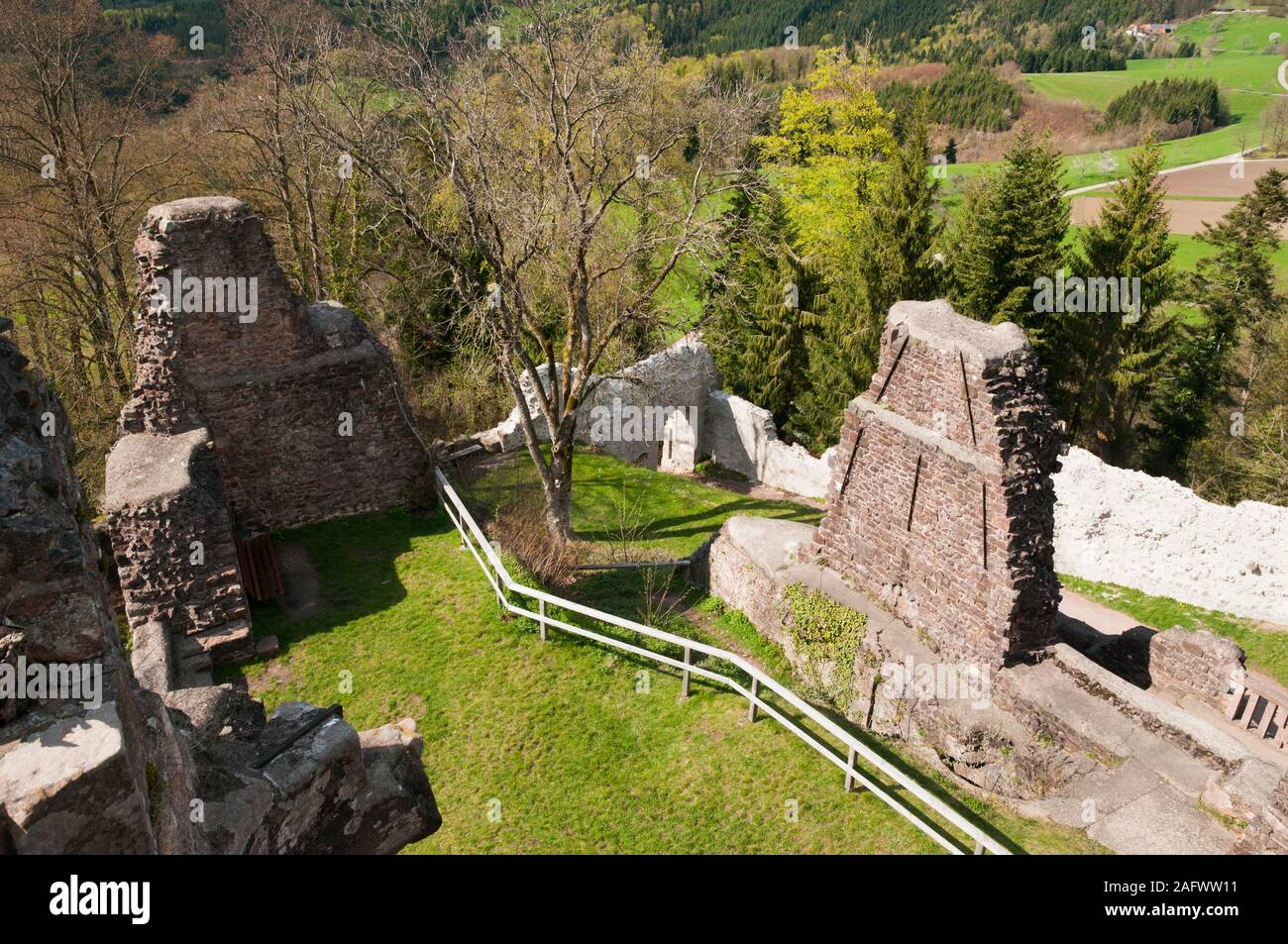 Ruins of Burgruine Hohengeroldseck castle on Schonberg hill near Seelbach, Black Forest, Baden-Wurttemberg, Germany Stock Photo