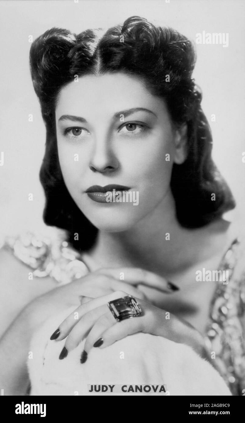Judy Canova High Resolution Stock Photography And Images Alamy Daughter of joseph francis canova and henrietta perry sister of leon zeke canova; https www alamy com judy canova publicity portrait for the film puddin head republic pictures 1941 image337080361 html