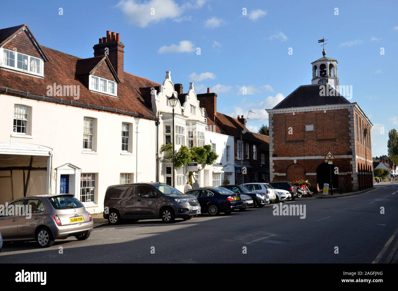 The High Street and Market Hall in Old Amersham, Buckinghamshire, England Stock Photo