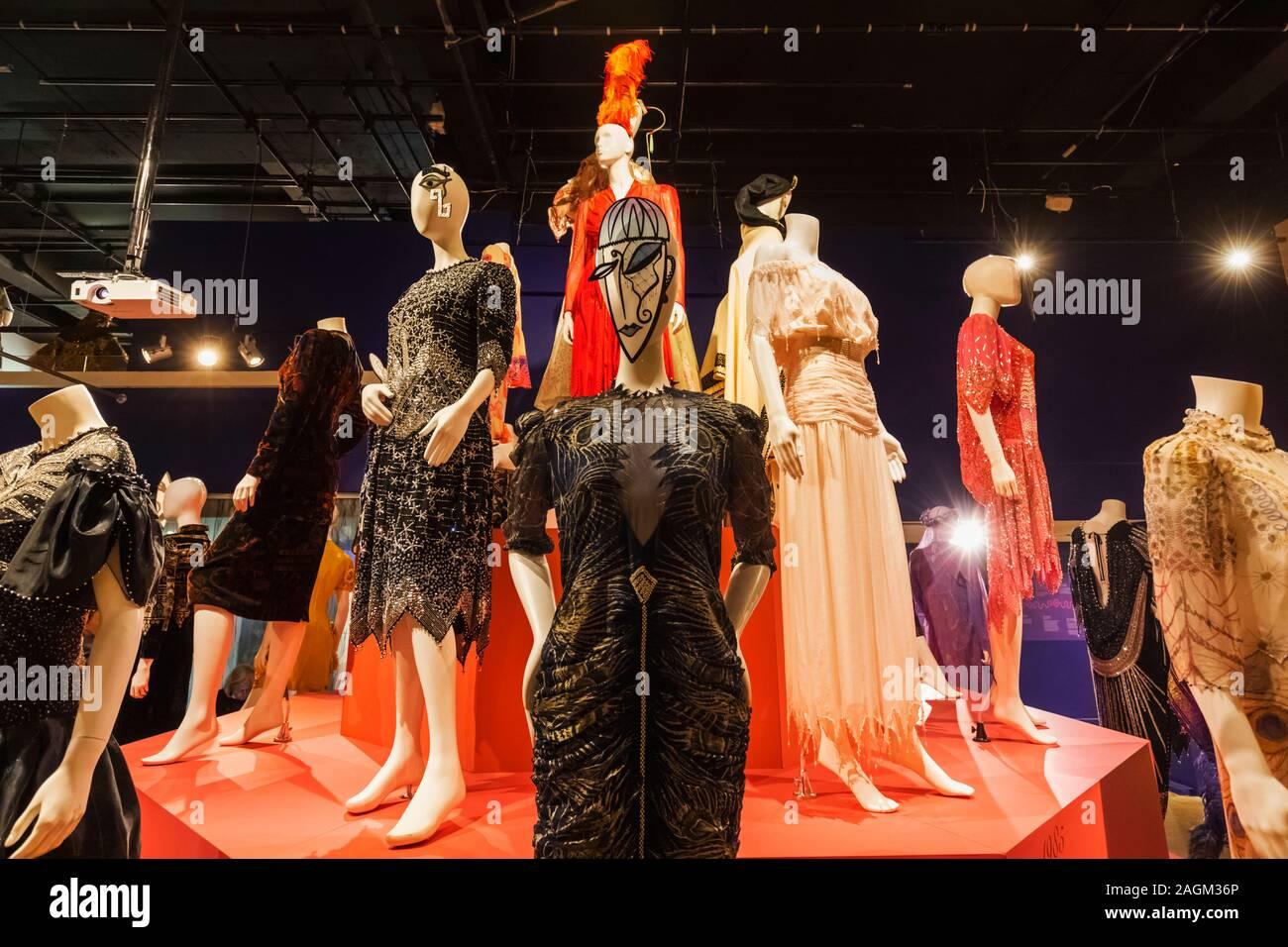 Fashion Designer Zandra Rhodes High Resolution Stock Photography And Images Alamy