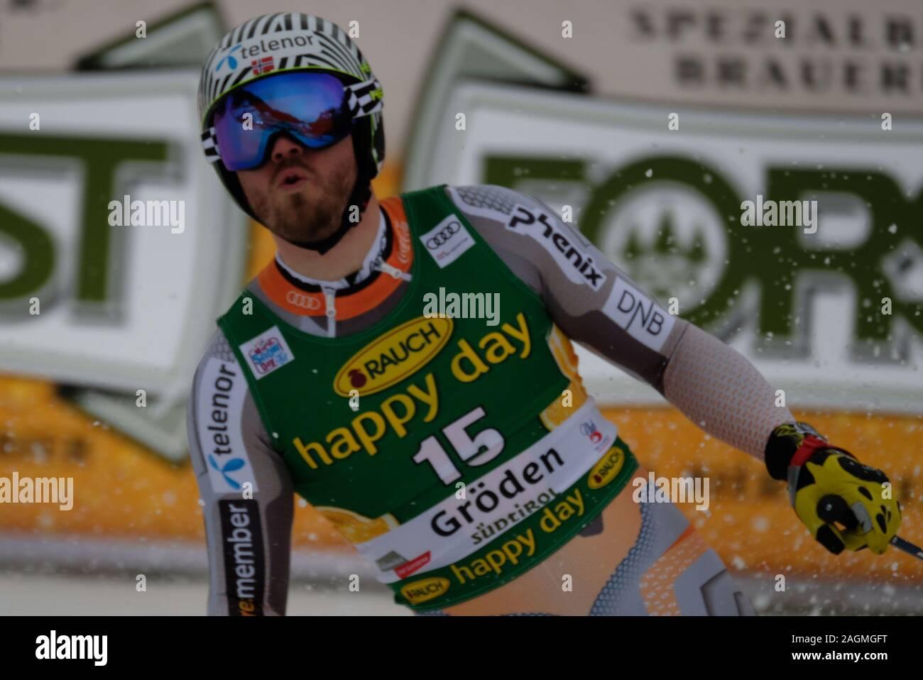 Val Gardena, Italy. 20th Dec, 2019. Super G Men, Ski in Val Gardena, Italy, December 20 2019 Credit: Independent Photo Agency/Alamy Live News Stock Photo