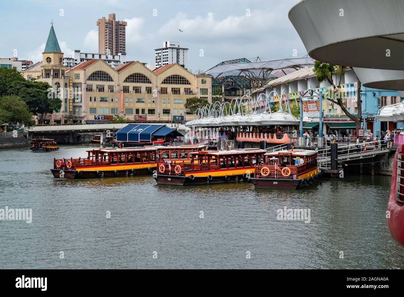 Tourist boats on the River Singapore at Clarke Quay, Singapore Stock Photo