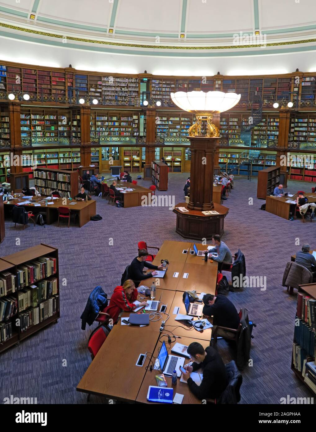 Readers in Liverpool Central Library, William Brown St, Liverpool,England,UK, L3 8EW Stock Photo