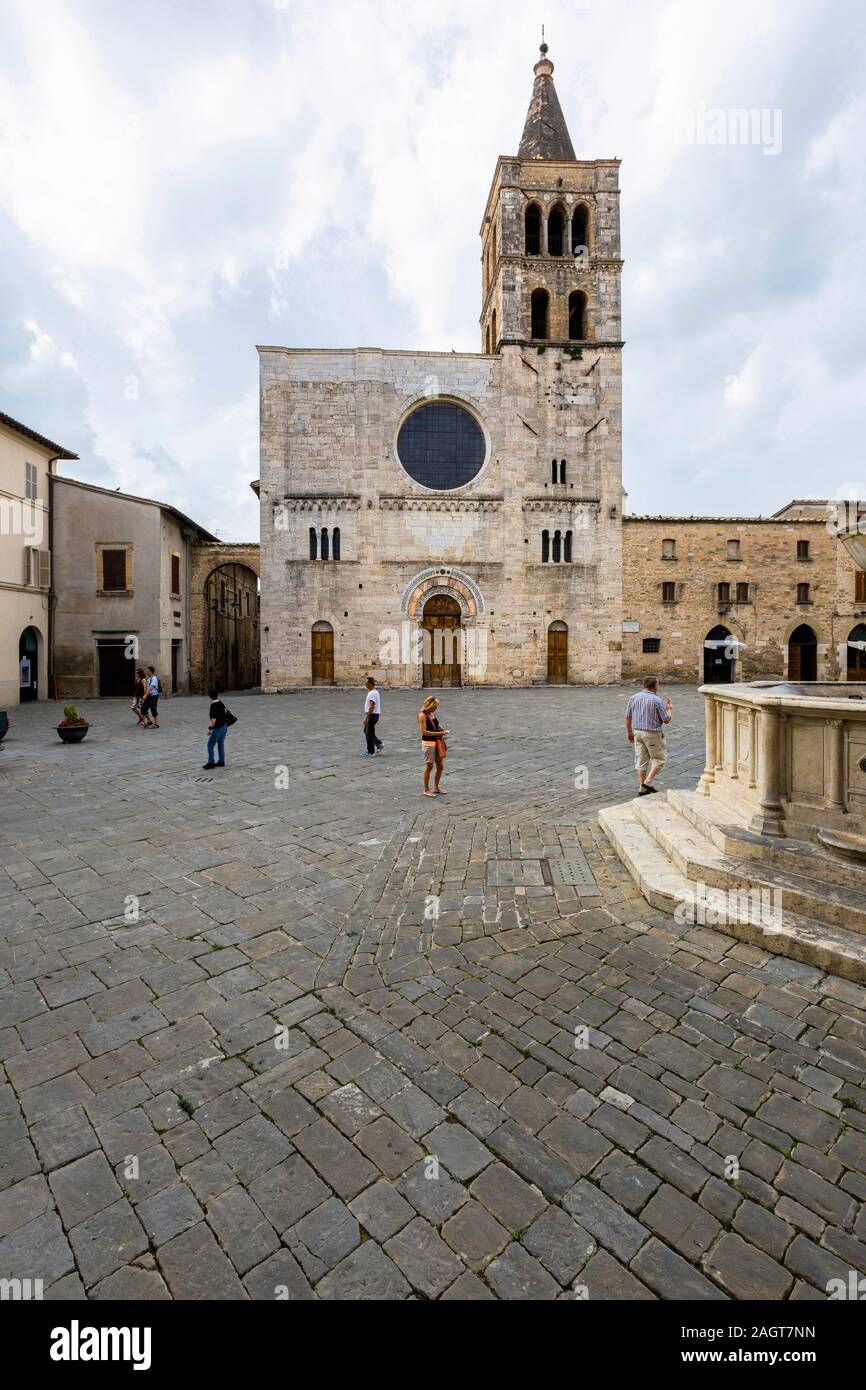 Bevagna (Italy) - Piazza Silvestri, san Michele church Stock Photo